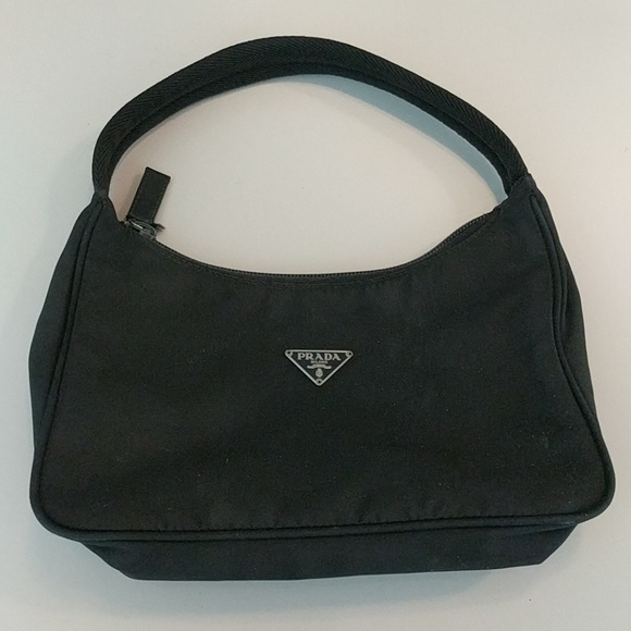 Prada Bags   Handbag   Poshmark e79140d7ae